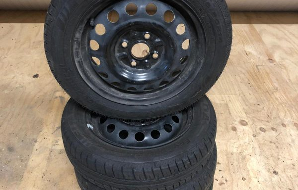 17 Toyota aygo winterset